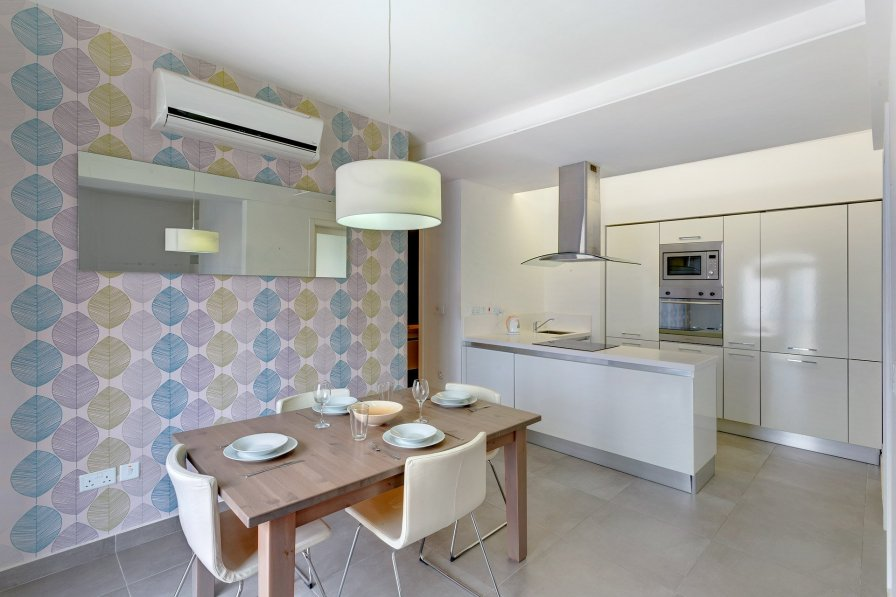 Owners abroad Cozy 1 BR Apartment in St Julians, Best Location