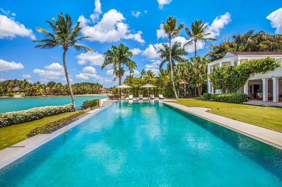 Owners abroad Villa Julissa