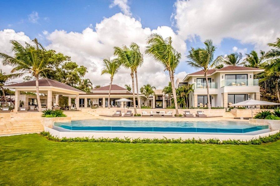Owners abroad Villa Hallaca