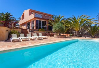 5 bedroom Villa for rent in Puerto Del Rosario