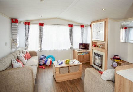 Mobile Home Motorised in Humberston, England