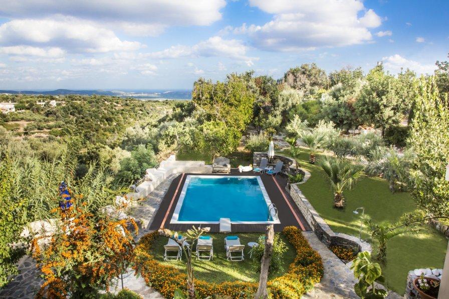 Villa in Greece, Perama