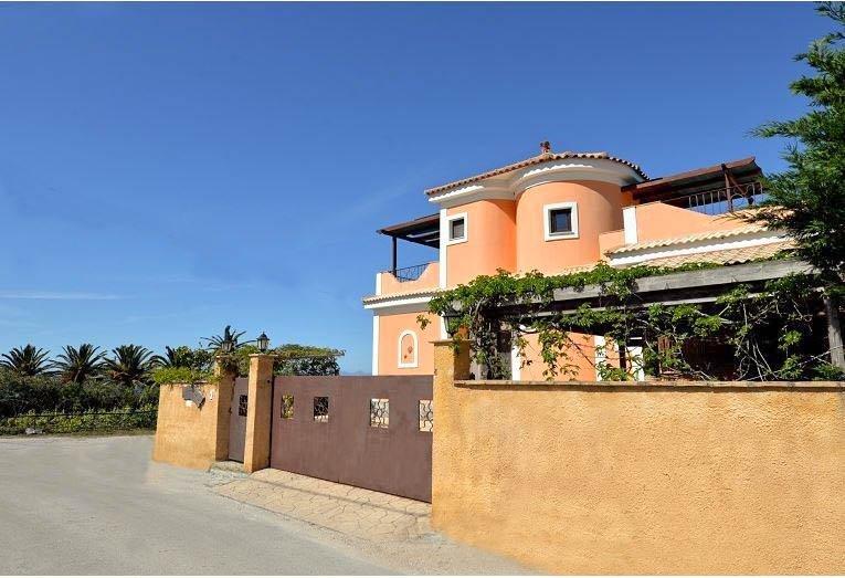 Owners abroad Villa Gallini