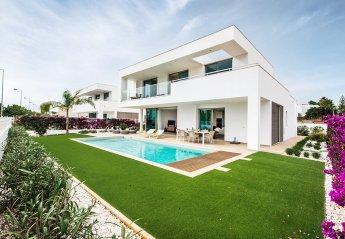 4 bedroom Villa for rent in Lagos