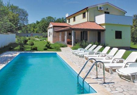 Villa in Pavićini, Croatia