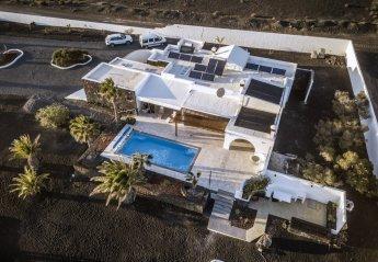 House in Yaiza