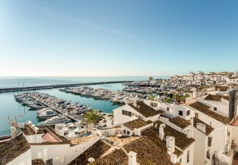 4 bedroom Apartment for rent in Puerto Banus