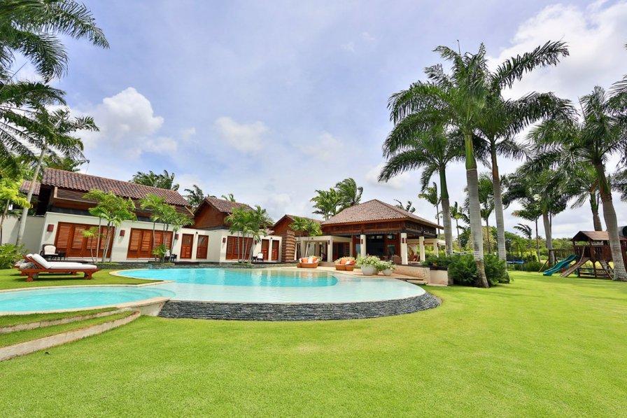 Owners abroad Casa Confianze
