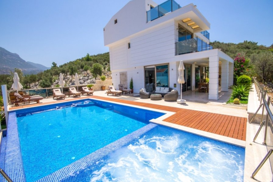 Owners abroad Luxurious 4 bedroom villa in popular Kalamar Bay area of Kalkan