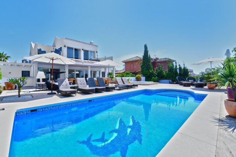 Villa in Spain, Urbanizacion Chapas