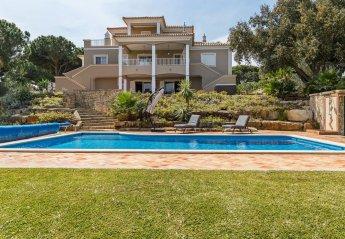5 bedroom Villa for rent in Quarteira