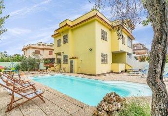 5 bedroom Villa for rent in Pomezia