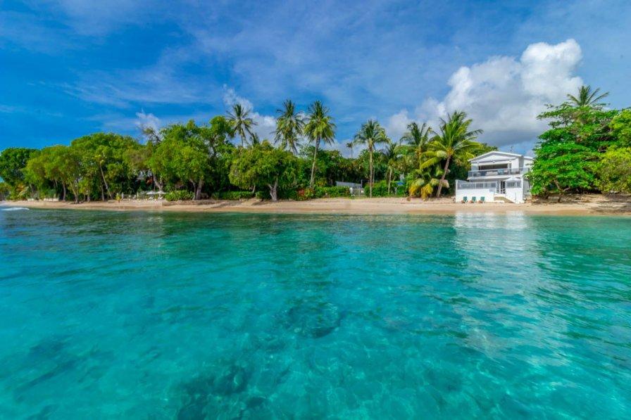 Owners abroad Beach Break House