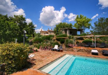 1 bedroom Farmhouse for rent in Umbertide