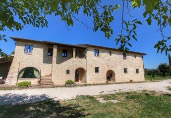 5 bedroom Villa for rent in Assisi