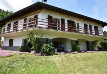 5 bedroom Villa for rent in Meina