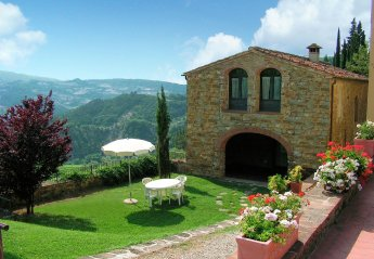 3 bedroom Cottage for rent in Dicomano