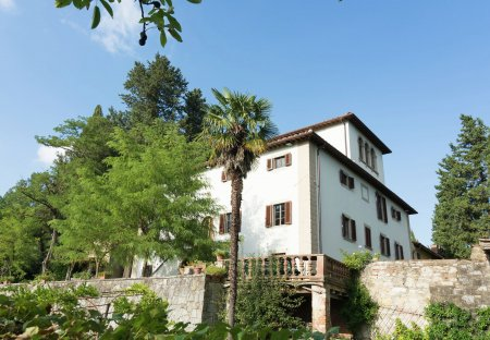 Villa in Rignano sull'Arno, Italy