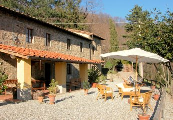 2 bedroom Cottage for rent in Pescia