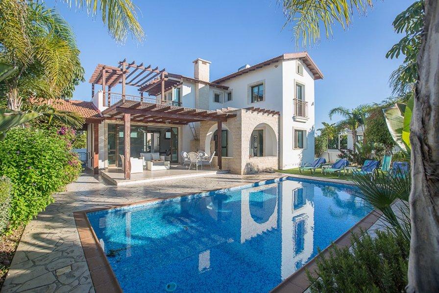 Owners abroad Villa Makronissos