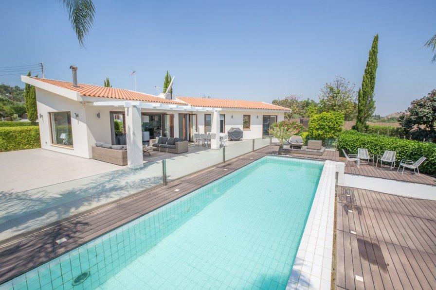 Owners abroad Villa Vrissiana