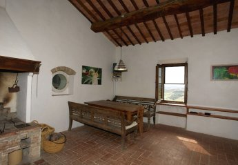 4 bedroom Cottage for rent in Civitella Paganico