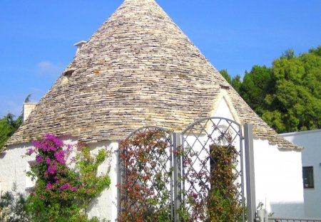 House in Alberobello, Italy