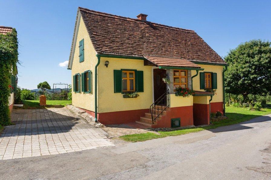 House in Austria, Gersdorf