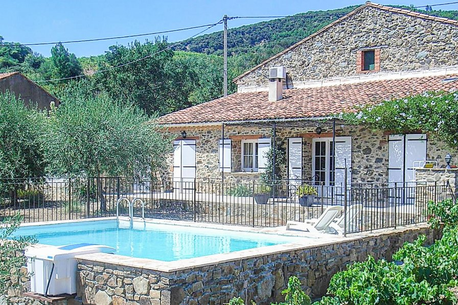 Owners abroad Holiday villa in Berlou, South of France