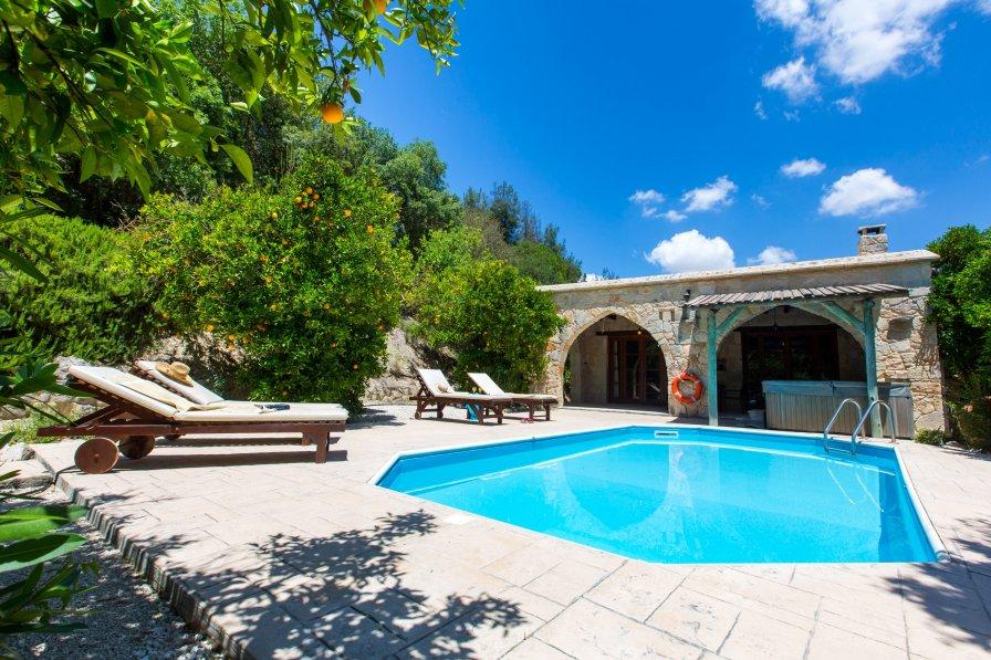 Owners abroad 2 Bedroom Villa Neraida, Paphos, Cyprus
