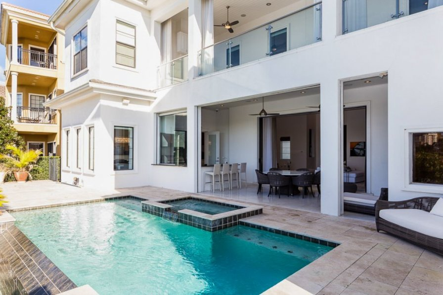 Owners abroad Villa Ellery