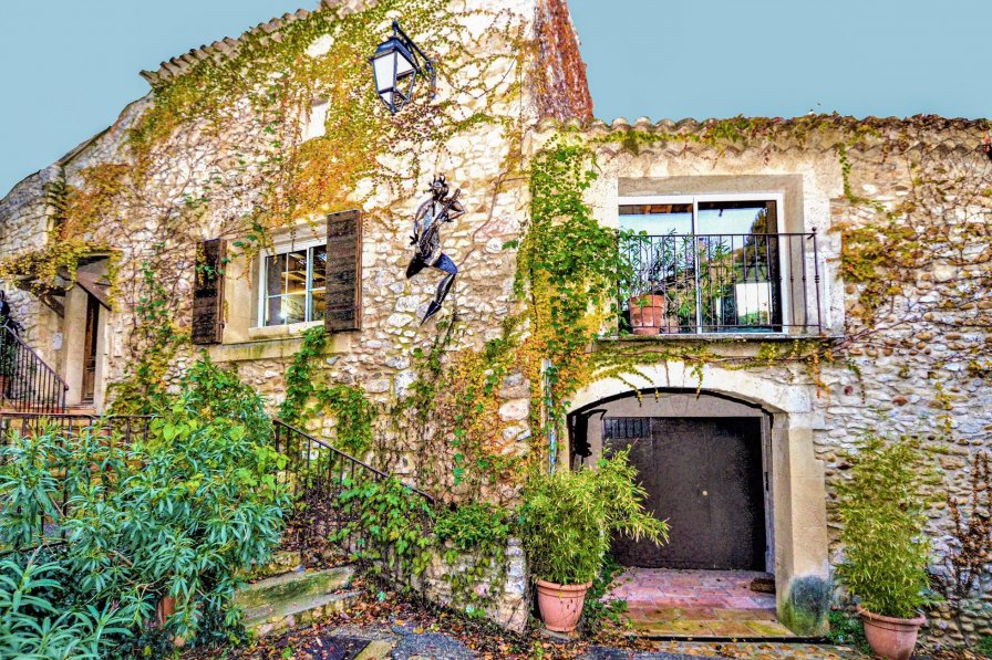Owners abroad Villa to rent in Saint-Laurent-des-Arbres, South of France