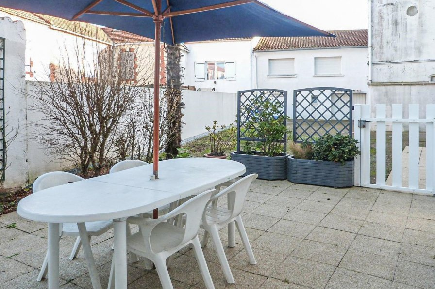 Owners abroad La Tranche-sur-Mer apartment to rent