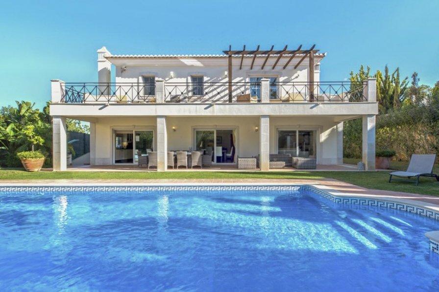 Owners abroad Casa Malva