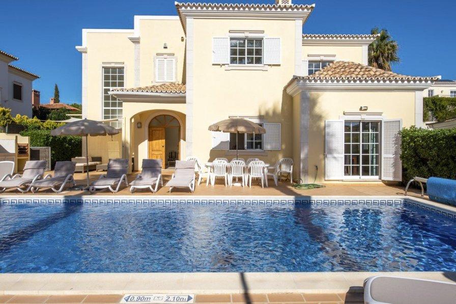 Owners abroad Villa Uma