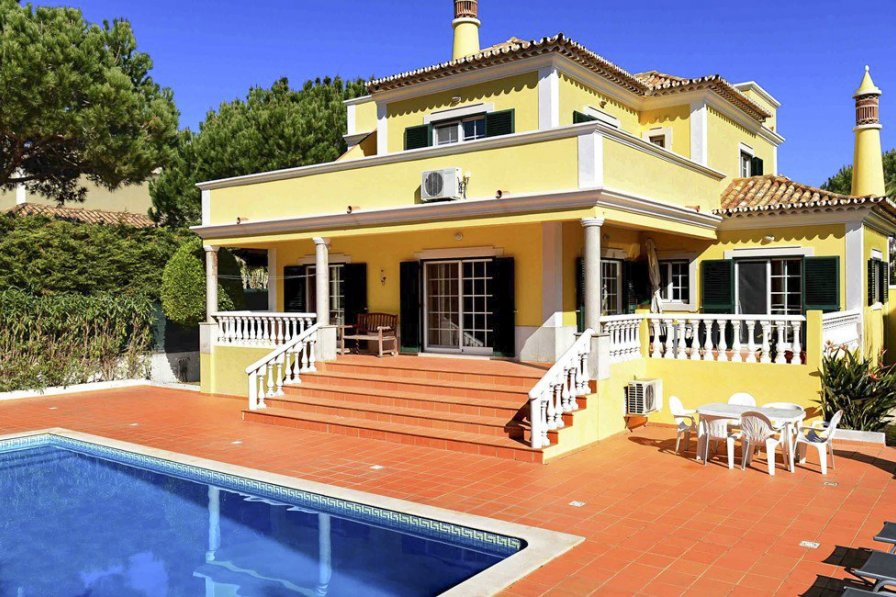 Owners abroad Villa Clarva