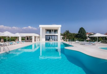 6 bedroom Villa for rent in Halkidiki
