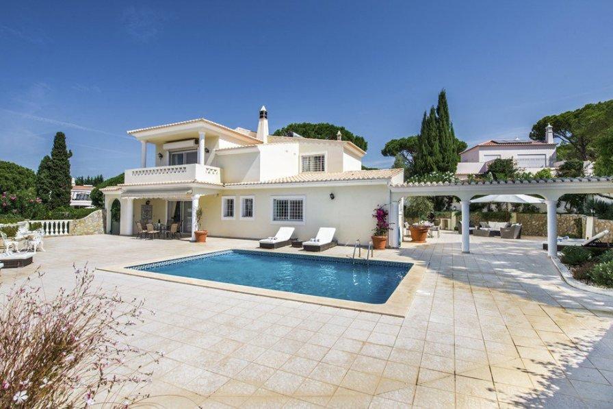 Owners abroad Casa Fulpa