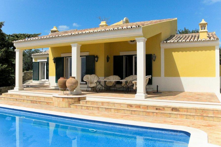 Owners abroad Villa Nexinha