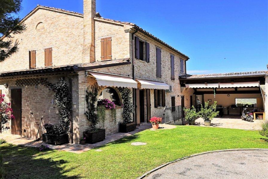 Villa in Italy, Tavullia