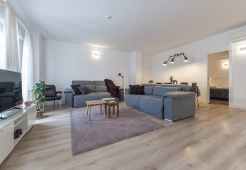 3 bedroom Apartment for rent in Universidad, Madrid
