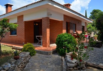 4 bedroom Chalet for rent in Calafat