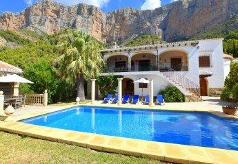 4 bedroom Chalet for rent in Javea