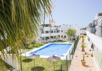 2 bedroom Apartment for rent in Torrequebrada