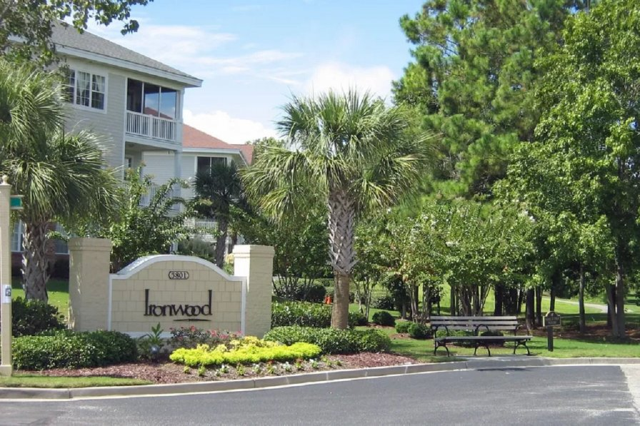 Owners abroad Barefoot Resort Ironwood