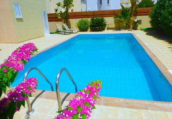 Villa in Cyprus, Nissi Golden Sands