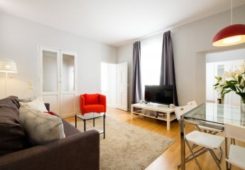 3 bedroom Apartment for rent in Cortes, Madrid