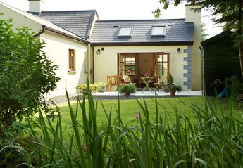 Cottage in Ireland, Lismore: Garden Room