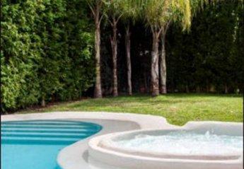 5 bedroom Villa for rent in Torremolinos