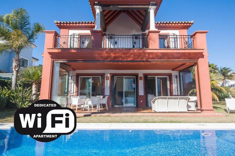 Villa in Spain, La Duquesa Golf & Country Club